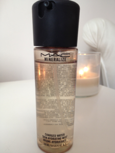 mac-mineralize-charged-water-e28093-skin-hydrating-mist1